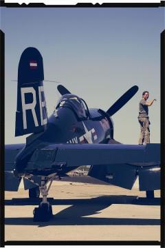 F4U Corsair 01