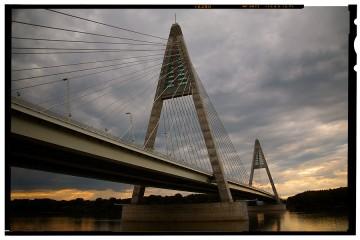 megyeri híd budapest 1