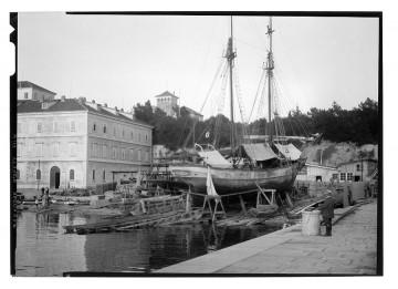 fotó múzeum fotóművészet fotóarchívum kikötő